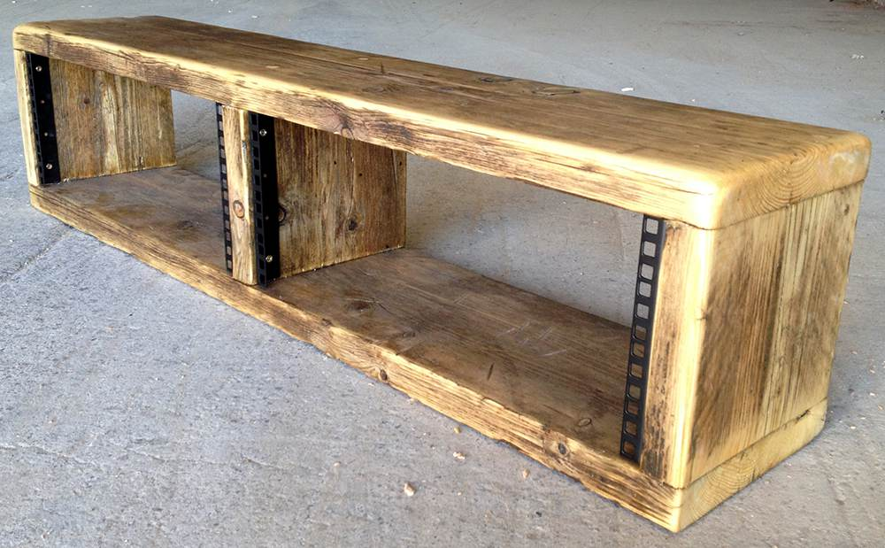 Double width 4u rack unit
